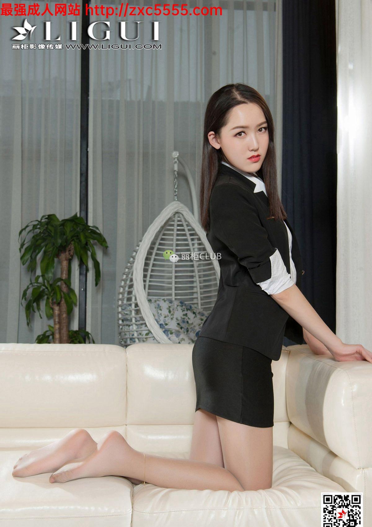 色中色制服丝袜_美女模特性感肉色丝袜美腿制服诱惑写真集【48P】_丝袜诱惑-一级